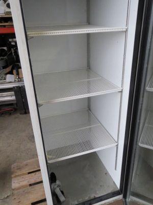 frigidaire frigo 1 porte recyclage industriel. Black Bedroom Furniture Sets. Home Design Ideas